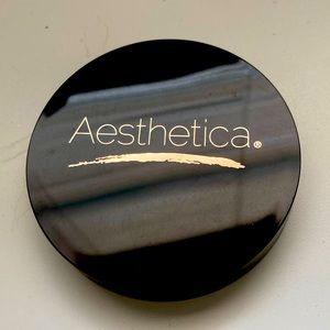 Aesthetica bronzer in sunset *10$ add on*